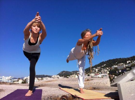 yoga två