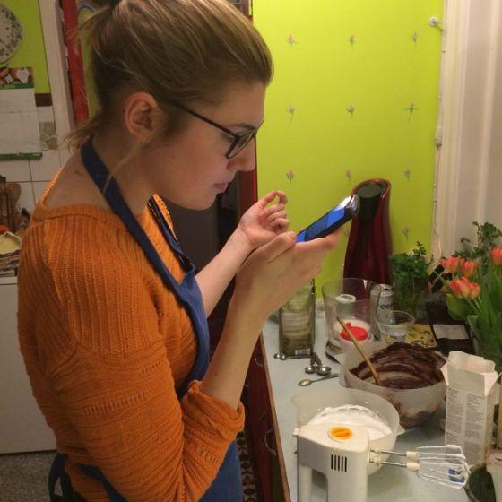 Ella läser recept
