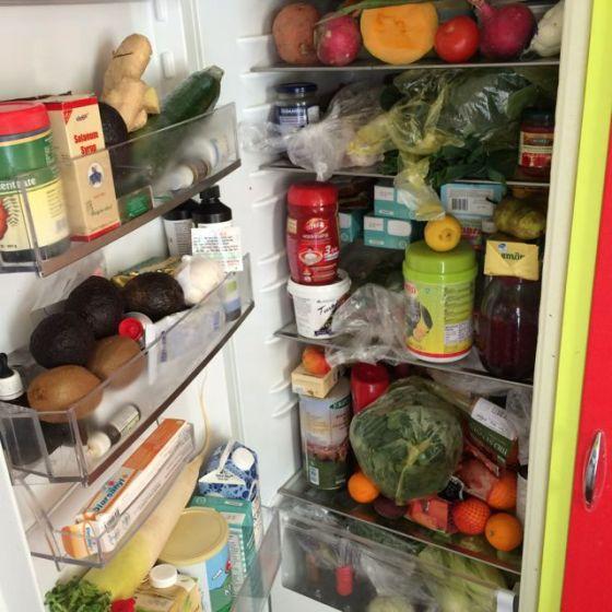 fullt kylskåp