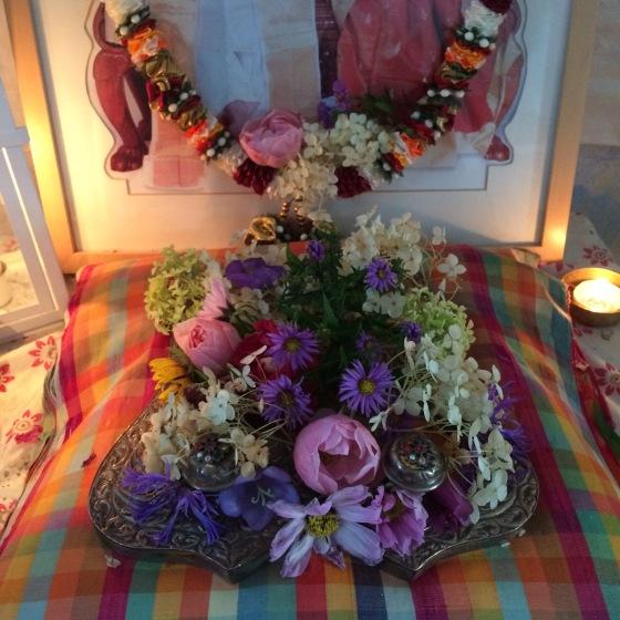 offringar, altare, blommor