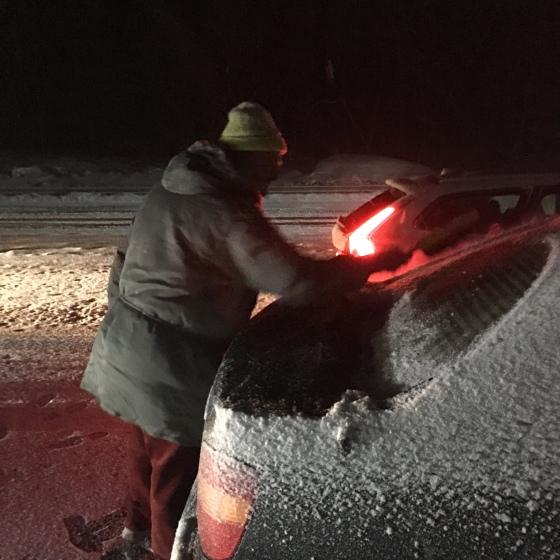 Snö, bilkö, Rurik borstar bilen