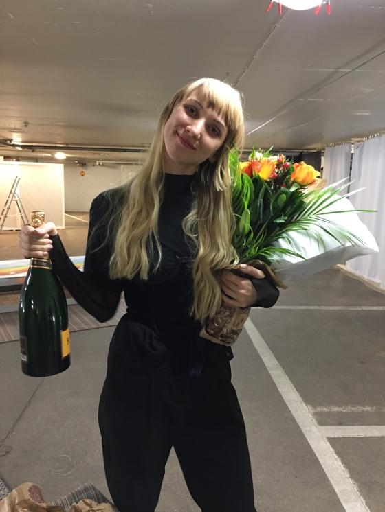 Champagne och blommor