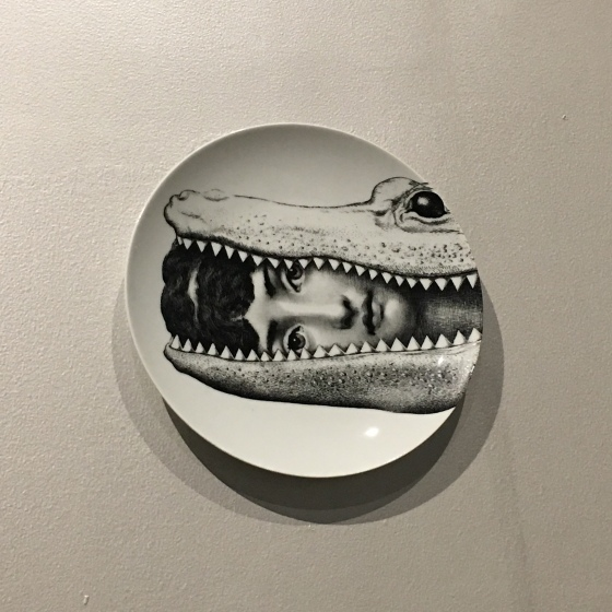 Tallrik, krokodil, Fornasetti