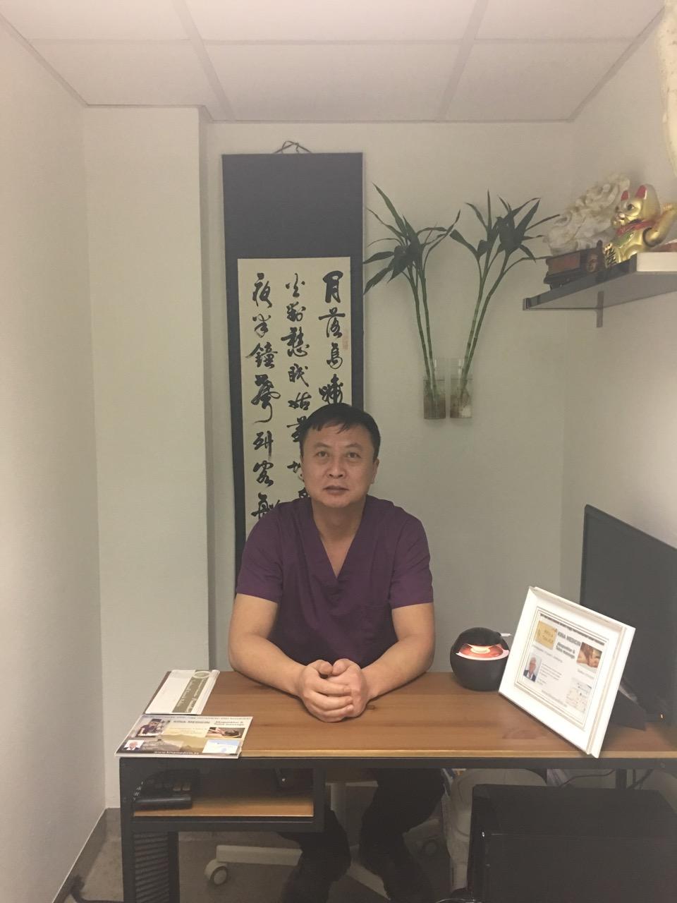 akupunktör